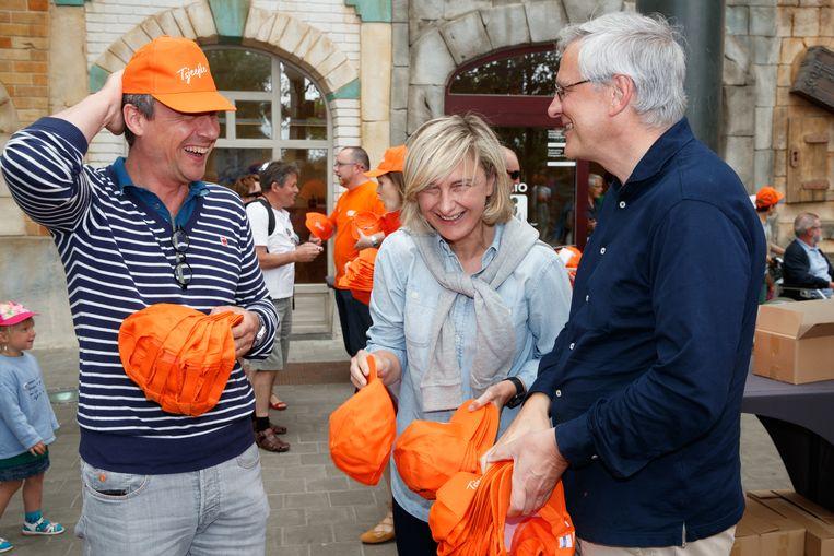 Kris Peeters en Hilde Crevits (hier op een familiedag van hun partij in Plopsaland in 2017) worden speerpunten in de CD&V-campagne. Beeld BELGA