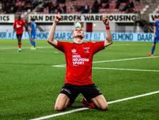 Helmond Sport-uitblinker draagt doelpunten tegen Jong Ajax op aan zijn opa: 'Ik weet dat hij trots is'