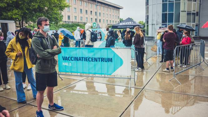 Nieuw, kleiner vaccinatiecentrum komt op site UZ Gent en blijft open tot eind dit jaar