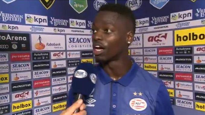 """Sappig accent van PSV-verdediger zorgt voor hilarisch interview: """"Het is hier warm"""""""