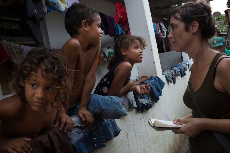 Marjolein van de Water in Recife, tijdens de zika-uitbraak. Beeld Rafael Fabrés