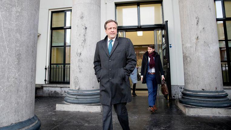 Alexander Pechtold verlaat het gerechtshof waar het hoger beroep dient in een zaak waarin een doodsbedreiging aan hem werd gericht. Beeld ANP