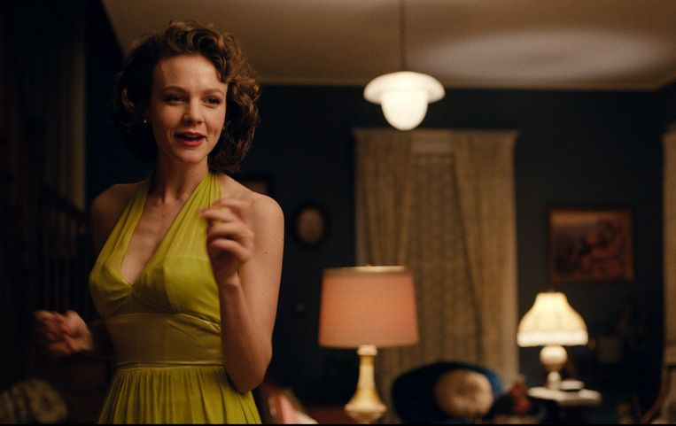 Carey Mulligan in 'Wildlife'. Beeld
