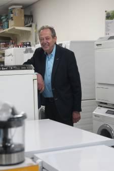 Max Offenbach van Rota in Eindhoven zal de klanten gaan missen, dus zoekt hij ze straks thuis op