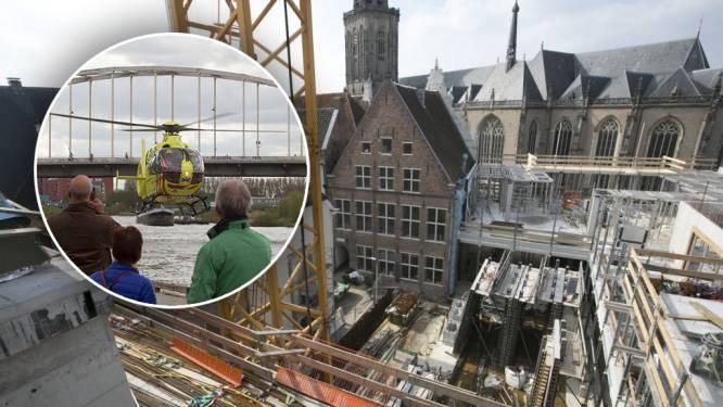 Poolse werknemer liep dwarslaesie op bij bouw van stadskantoor in Deventer, maar waar bleef hij?