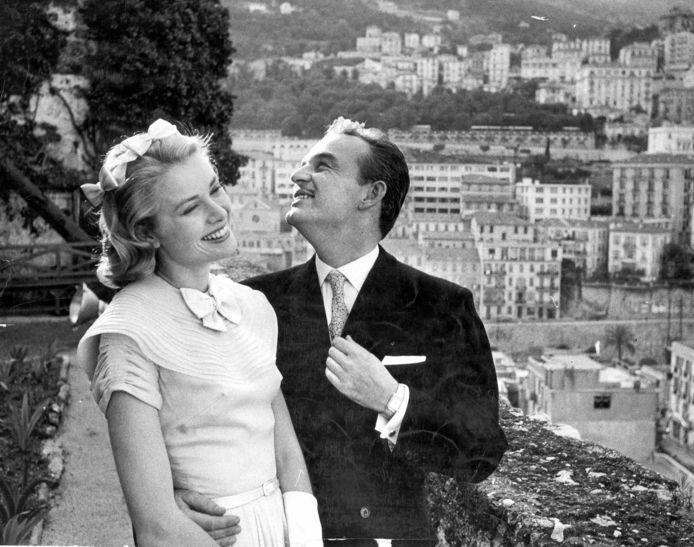 Prins Rainier van Monaco met Grace Kelly in 1956