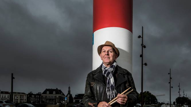 Drummer Kroon neemt afscheid maar niet van de muziek: 'Ik wilde weer eens buiten Tiel een frisse neus halen'