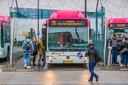 Buslijn 99 van Nijmegen naar Grave   ---- TAGS: Bus, buslijn, buslijn 99, 99, Grave, Nijmegen, BRENG, Arriva, asielzoekers, COA, busstation