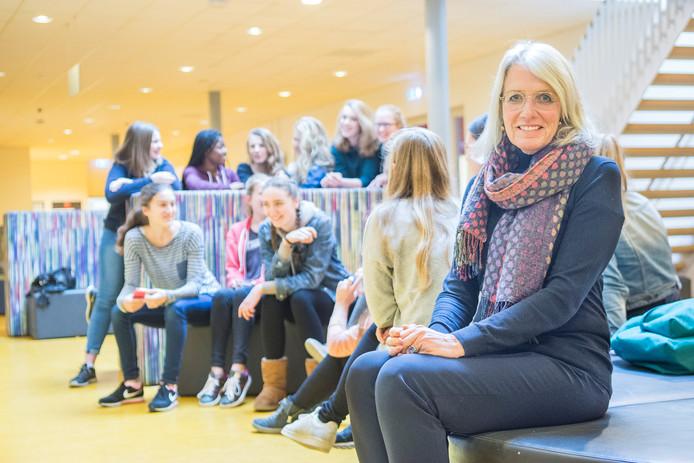 Schooldirecteur Mary Krouwel op het Schoonoord in Doorn.