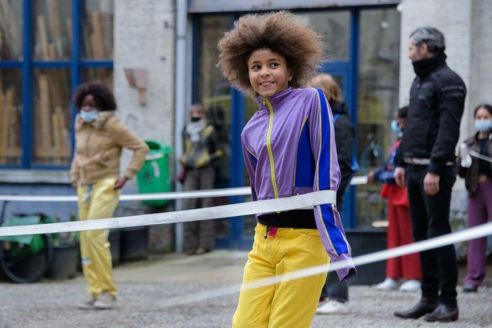 In Aarschot kan je als toevallige passant plots meedoen aan de voorstelling van een professionele choreograaf.
