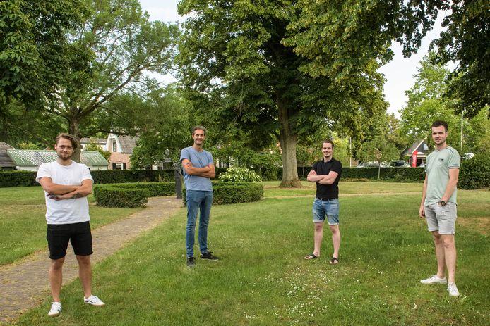 De organisatie van het populaire evenement Hellendoorn Open Air doet het dit jaar heel anders en kan nu rekenen op veel meer deelnemers. (L-R) Guido Twilhaar, Eduard Piquillet, Pascal Aerts en Jory Oosterbroek.