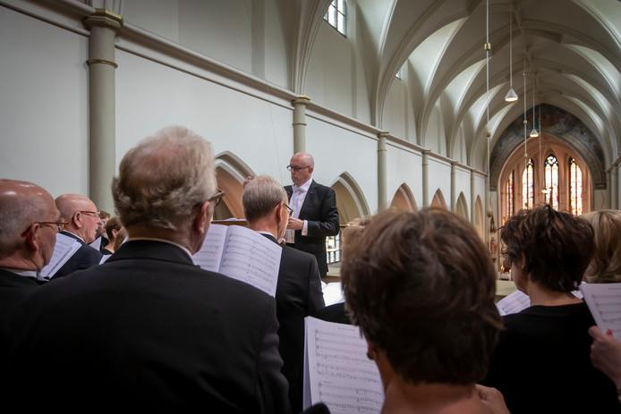Matthiasmis in kerk Gemert