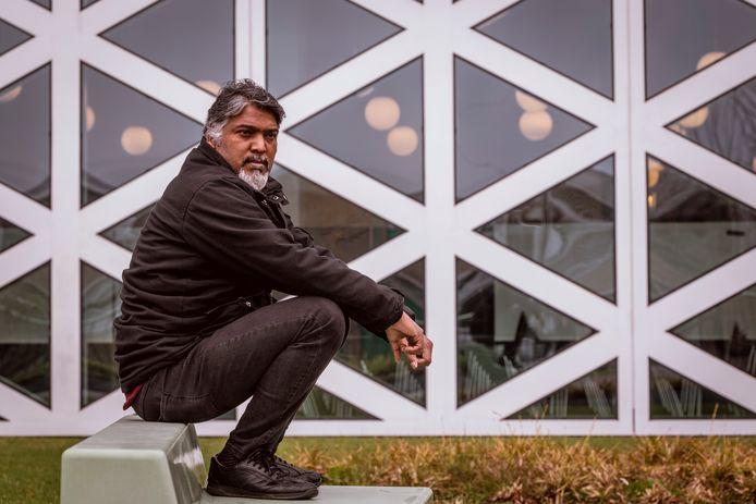 Sohail Yafat uit Pakistan doet mee aan het programma Shelter City, dat bescherming biedt aan mensenrechtenactivisten.