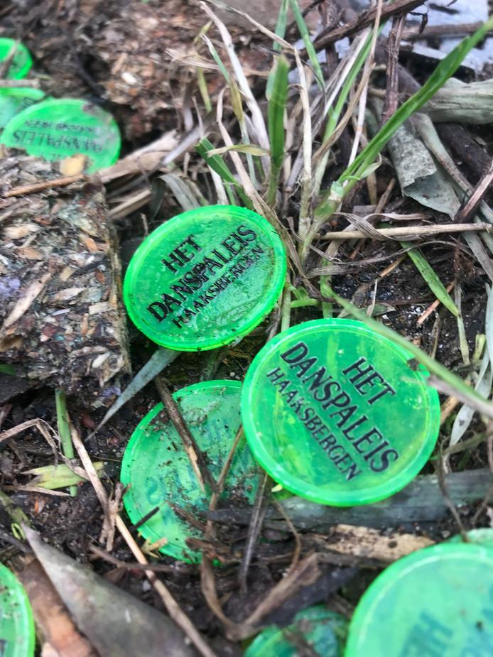 De muntjes op de grond van Danspaleis Haaksbergen