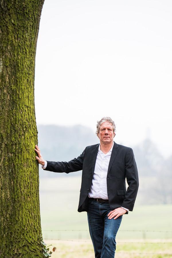 Mark Bosch in de bres voor de arnhemse bomen.