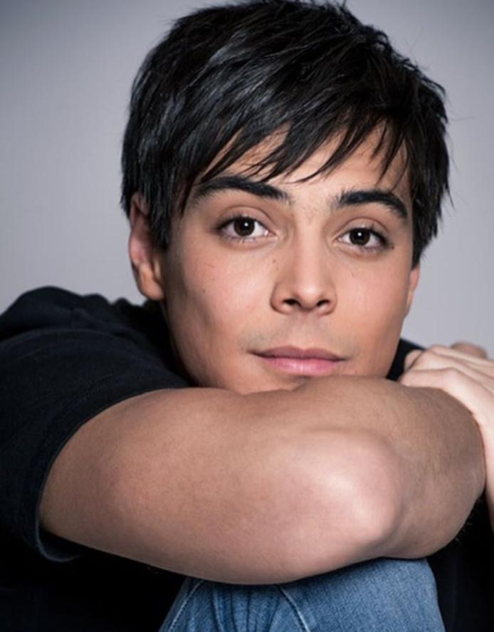 L'acteur Mickaël Lumière interprètera le rôle de Grégory Lemarchal dans un biopic qui sera diffusé sur TF1.