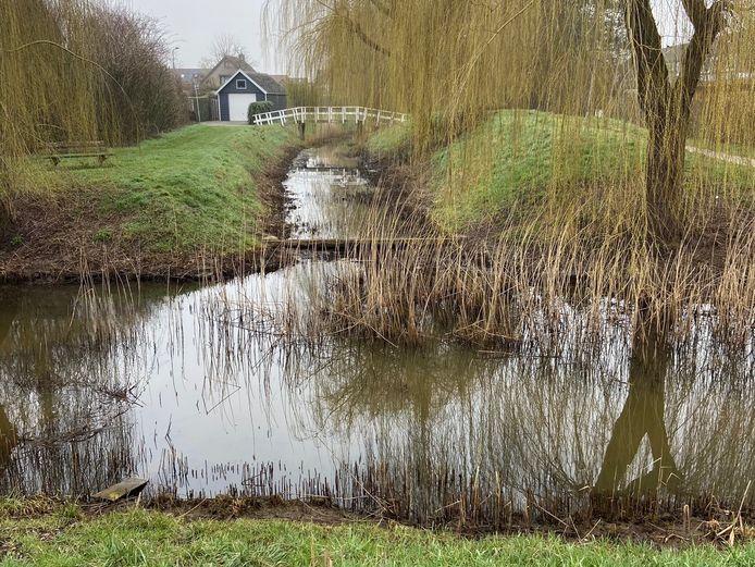 De waterberging in Sas van Gent waar vorige week woensdag een zesjarig jongetje verdronk.