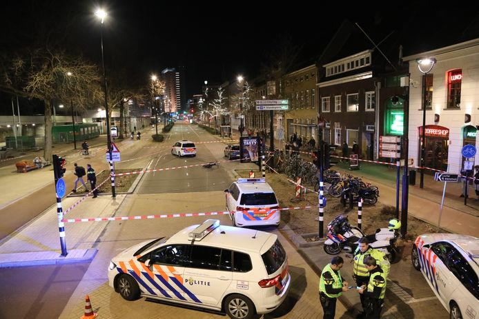 Spoorlaan dicht na ongeluk in Tilburg