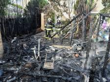 Tuin verwoest na brand in Oisterwijk: vuurtje stoken ging mis