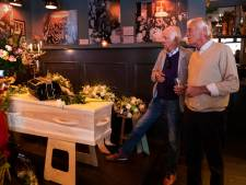Afscheid van kastelein Ries in café Nieuwe Dikke Dries