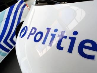 Politie houdt huiszoeking in Maasmechelen: Dennenlaan tijdelijk afgezet