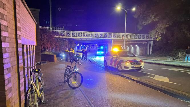 Nacht van de vallende fietsers in Deventer: twee personen naar het ziekenhuis
