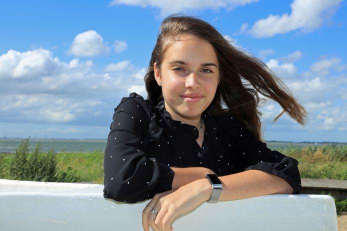 Xanne van Ham (13) uit Terneuzen onderging een revolutionaire behandeling in Londen aan een hamartoom in haar hersenen.