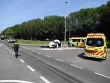 Dode en gewonde bij botsing auto en vrachtwagen in Nijmegen