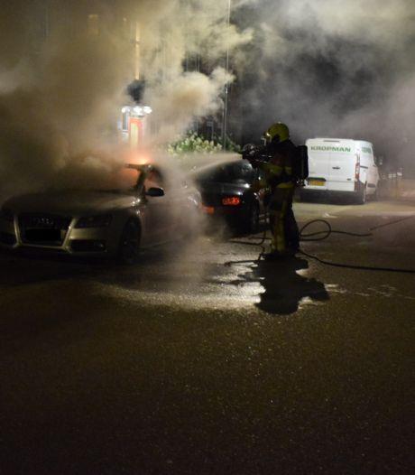 Autobrand in Malden mogelijk aangestoken