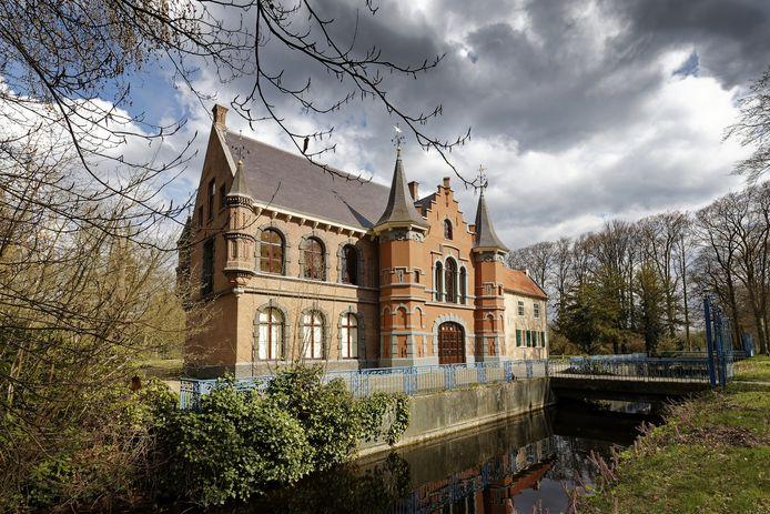 Kasteel d'Oultremont, op Landgoed Steenenburg in Drunen, het voormalige Land van Ooit.