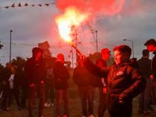 Feest op Oranjerotonde in Apeldoorn verloopt ondanks drie aanhoudingen vooral gemoedelijk