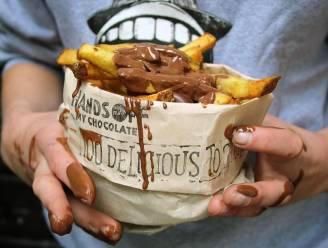 Een frietje met ... chocoladesaus? In Nederland kan je het proberen