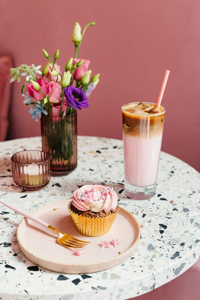 MOOY Bakery serveert cupcakes, milkshakes en cakesicles.