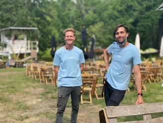 """Zomerbar van 50.000 vierkante meter geopend in Oostakker: """"We willen hier mini-Gentse Feesten brengen"""""""