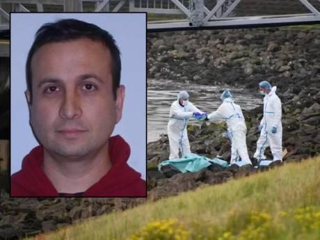 Doorbraak in moordzaak gedumpte Paco, die in Rotterdam verdween: politie neemt bus in beslag