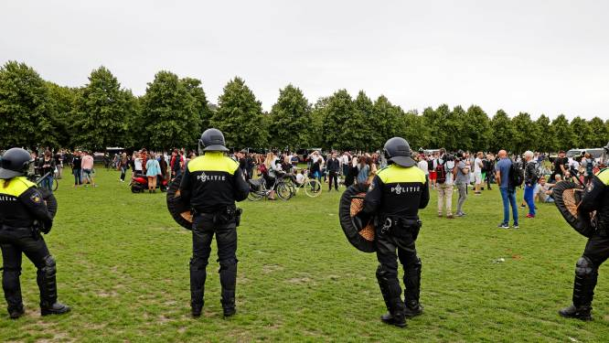 Viruswaanzin na verbod demonstratie: 'Kom morgen niet naar Malieveld'