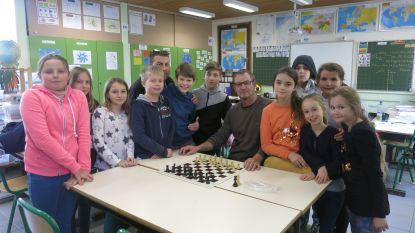 Basisschool De Klimop introduceert schaaklessen