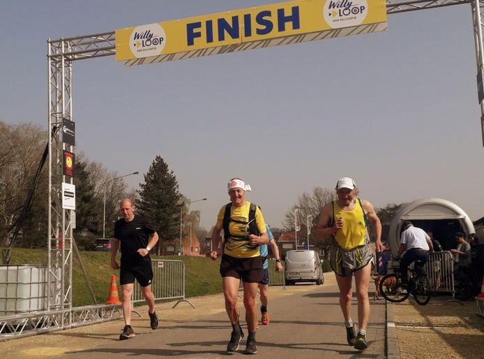 Begin april werd de loopwedstrijd op gang gefloten