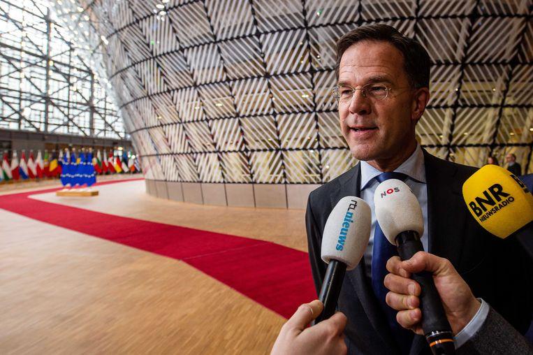Rutte schetst in buitenlandse redes de noodzaak van een sterk Europa, maar heeft het in Den Haag over een 'feestcommissie'. Beeld ANP