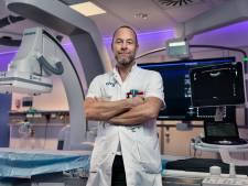 Kankerspecialist nu hij zelf wordt behandeld: 'Artsen begrijpen er geen snars van'