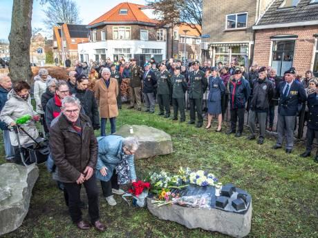'Vergeten bombardement' na 75 jaar voor het eerst herdacht in Zwolle