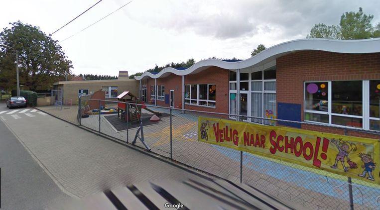 Een blik op de Langeledeschool.