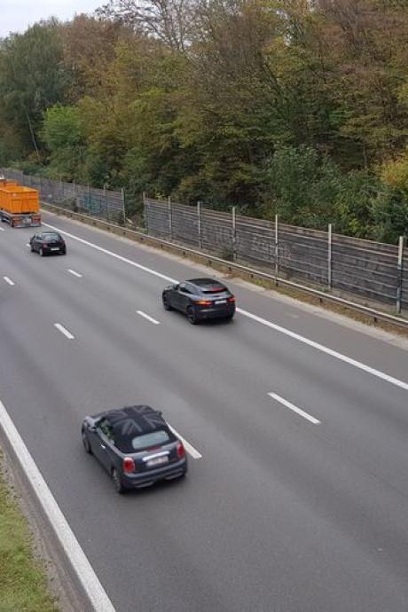 """Flashé à 213 km/h sur le ring de Bruxelles: """"Je devais aller aux toilettes"""""""