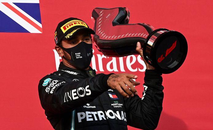 Lewis Hamitlon a déjà battu le record de victoires en Grand-Prix de Michael Schumacher, il peut désormais égaler le record de sacres mondiaux du pilote allemand.