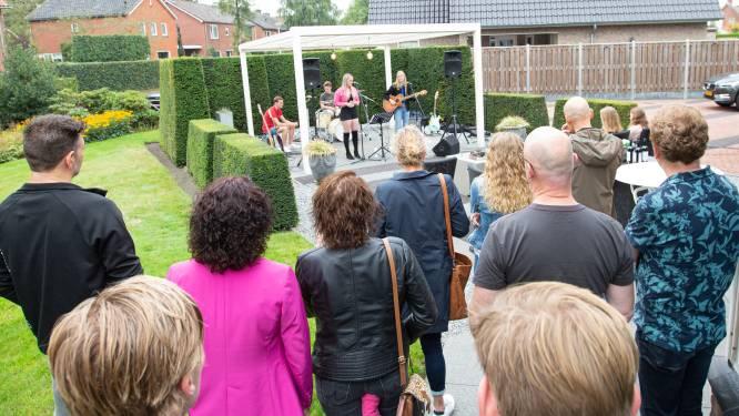 Ervaren en beginnende muzikanten spelen bij Muziek in de Tuin: 'De tekst kwam recht in mijn hart binnen'