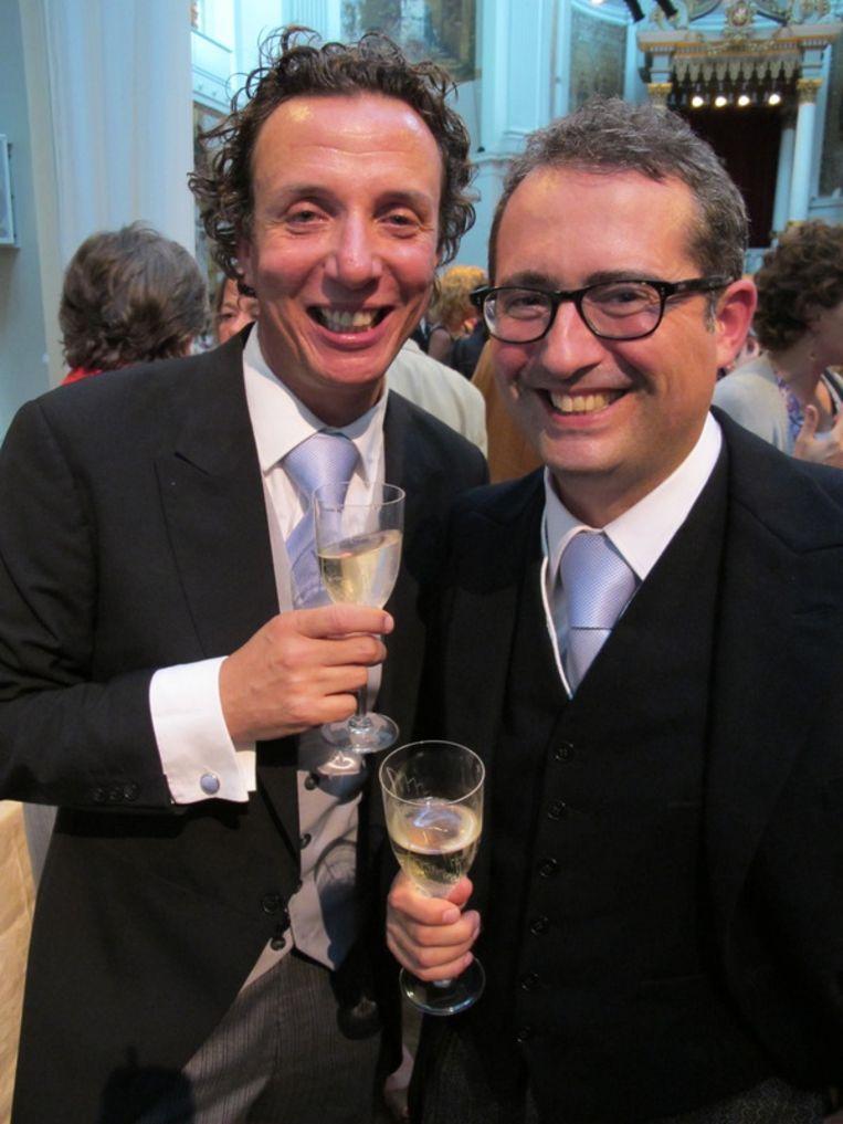 Het huwelijkspaar: Paul Sebes (l) en Willem-Jan Verlinden. Beeld null