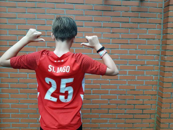 Tommy St. Jago is populair bij de jonge FCU-fans