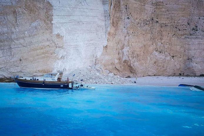 Zakynthos, Navagio-strand waar de lawine heeft plaatsgevonden