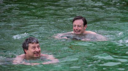 """Bart De Wever past voor winterzwemfeest IJsberen Deurne: """"Ik heb een kopvalling"""""""