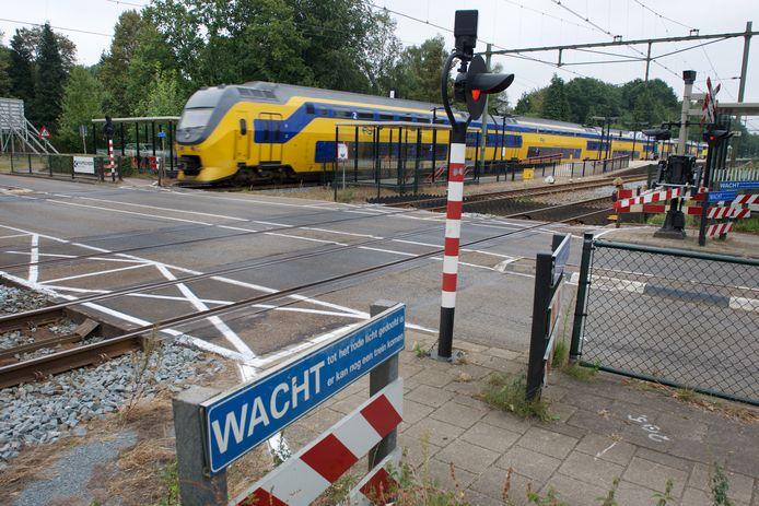 Spoorwegovergang in Wolfheze.